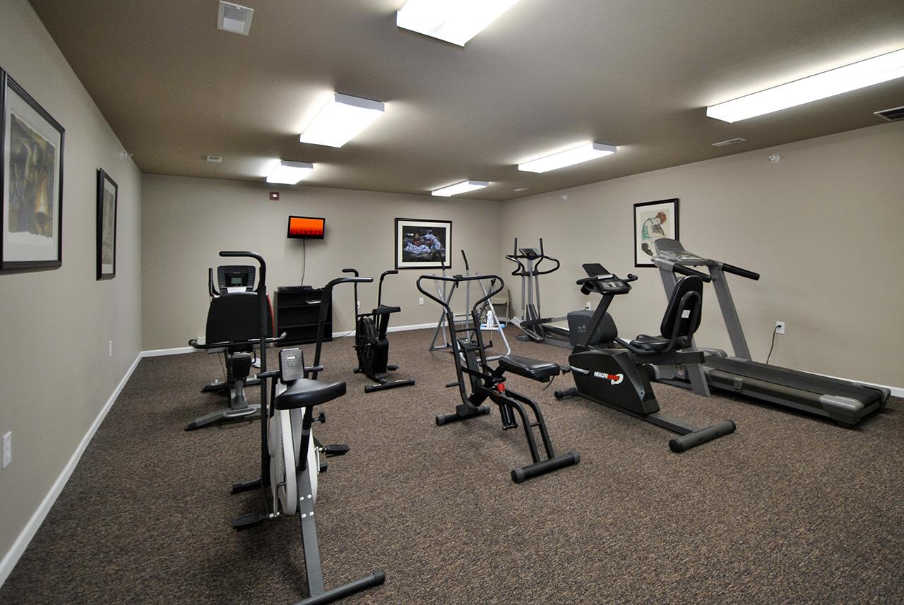 Gym equipment at Swanhaven Manor